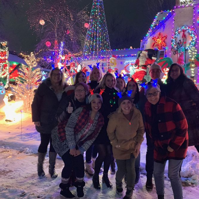 Festive Holiday Lights Tour